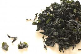 Wakame-Algen sind die wichtigste Zutat des japanischen Algensalates