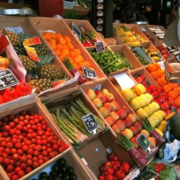 Viel frisches Obst und Gemüse helfen bei Frühjahrsmüdigkeit