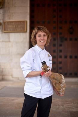 Die spanische Spitzenköchin Caty Pieras kocht am Reise-Gourmetfestival