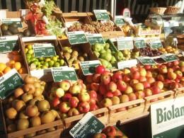 Hier können Sie das Obst und Gemüse wählen, das Ihnen gefällt.
