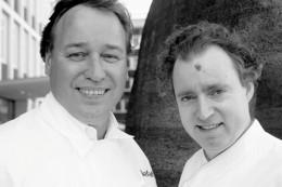 Thomas Bühner und Sven Elverfeld kochen für die Teilnehmer der Gourmetreise