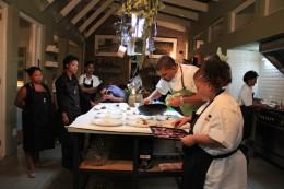 Kochen mit Starkoch Reuben Riffel bei African Relish