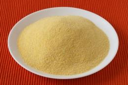 Maismehl hat eine charakteristische gelbe Farbe