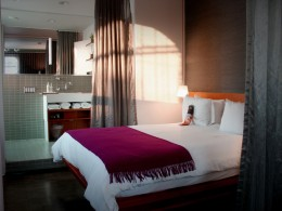 Verspieltes Design: Suite im Drake Hotel