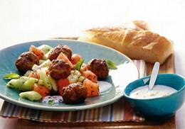beliebtes Gericht der türkischen Küch: Köfte
