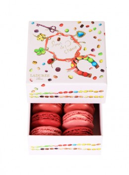 Jubuläumsbox von Ladurée: Macarons in Pink