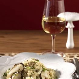 Steinpilz-Risotto mit einem ausgewogenen Weißwein