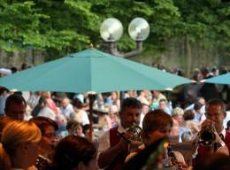 Schlosspark: Casteller Weinfest im Juli