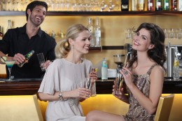 """Lassen Sie sich von """"Ihrem"""" Barkeeper leckere Cocktails kreieren"""