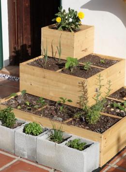 Recycelter Bauschutt dient Stadtgärtnern als Kräuterbeet