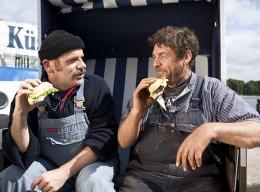 Die Ostseeküste feiert am 3.Mai: Weltfischbrötchentag