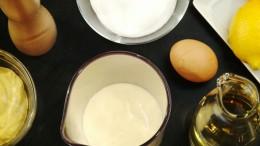 Eine klassische Mayonnaise, selbst zubereitet.