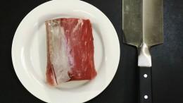 Für Rinder-Carpaccio ein hochwertiges Filet nehmen.