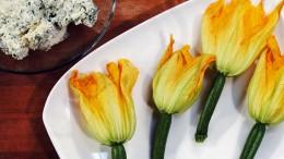 Zucchiniblüten sind optisch und geschmacklich ein Highlight.