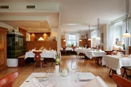 Jeunes-Restaurateurs-Jochen-Helfesrieder-Interieur-Storchen-Hotel-Restaurant