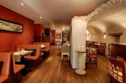 Jeunes-Restaurateurs-Andreas-Hillejan-Interieur-Das-Marktrestaurant