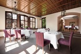 Jeunes-Restaurateurs-Martin-Scharff-Interieur-Scharffs-Schlossweinstube