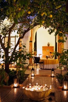Marrakesch Hotel Riyad El Cadi Garten im Hof gross
