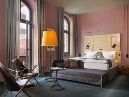 Hotelzimmer des 25hours Hotel Altes Hafenamt