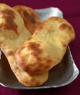 Beliebt in der inidschen Küche. Naan-Brote