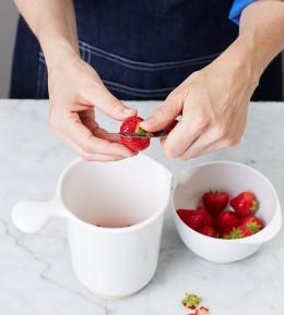 Backschule, Backen, wie macht man, Obsttoertchen, frische Beeren, Tartelettes, Sommer, Erdbeer-Guss zubereiten, Erdbeeren