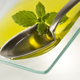 Rapsöl ist reich an gesunden Fettsäuren