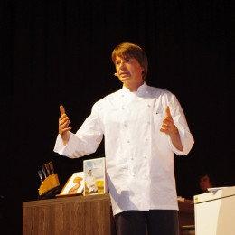 Joachim Wissler in Köln auf der Bühne