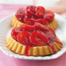 Erdbeer-Eierlikör-Törtchen