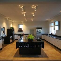 """Die moderne Küche im """"Bi uns to Huus"""""""