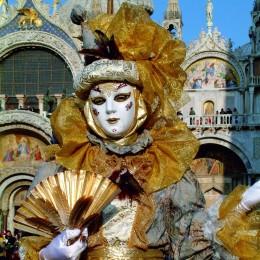 Der Karneval in Venedig steht für prachtvolle Kostüme und Masken