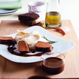 Lammrücken mit Schoko-Olivenöl-Soße