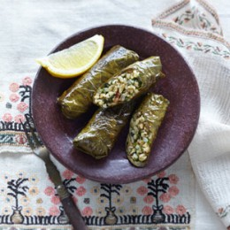 Beliebte Vorspeise der türkischen Küche: gefüllte Weinblätter
