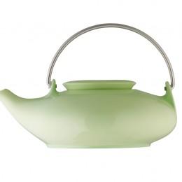 """In Anlehnung an alte chinesische Keramikglasuren entwarf Designerin Ulrike Bögel die Teekanne """"Asia"""" aus der Serie """"Teaworld Tunis"""". Die Teekannen aus der aktuellen Kollektion von Arzberg gibt es auch"""