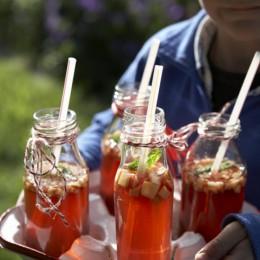 Apfelbowle in Flaschen