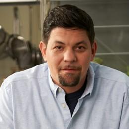 Tim Mälzer kocht mit Kräutern