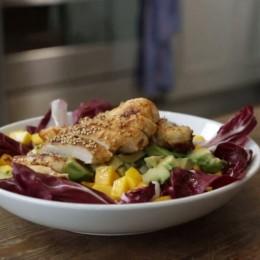 Einfach lecker: Avocado-Mango-Salat mit Hühnchen von Anne Lucas