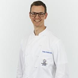 Jeunes-Restaurateurs-Jochen-Helfesrieder-Profilbild-Storchen-Hotel-Restaurant