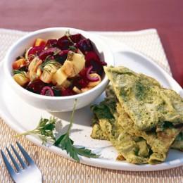 Kräuterrührei mit rote Bete Kartoffelsalat