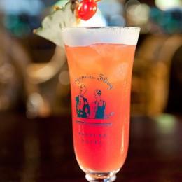 Cocktail Singapore Sling Long Bar Raffles Hotel