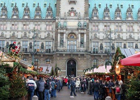 Hamburg streifzug über den weihnachtsmarkt 1 essen trinken