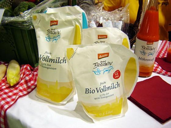 Biomilch in umweltfreundlicher Packung