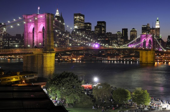 Brooklyn Bridge mit Skyline