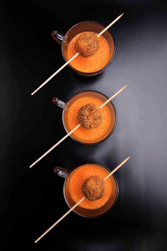 Karottenschaum mit Tameyas-Bällchen