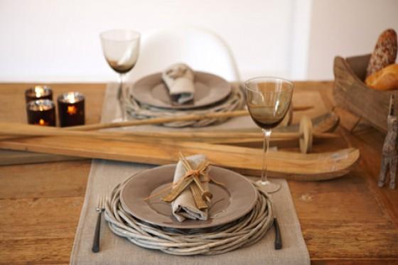 prachtvoll gedeckter tisch weihnachtliche deko und tischdeko 1 essen trinken. Black Bedroom Furniture Sets. Home Design Ideas