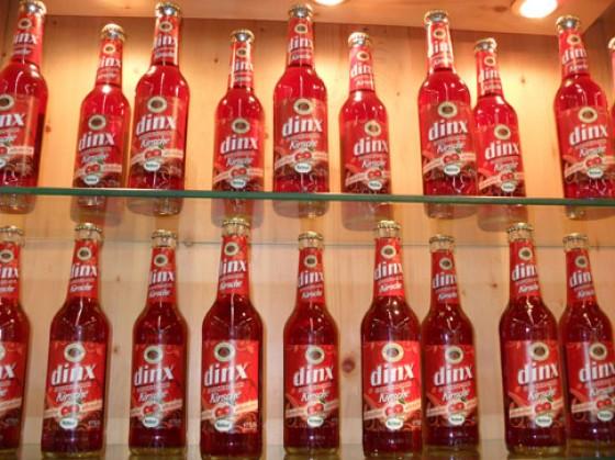 Dinx alkoholfreies Dinkelbier mit Kirschsaft