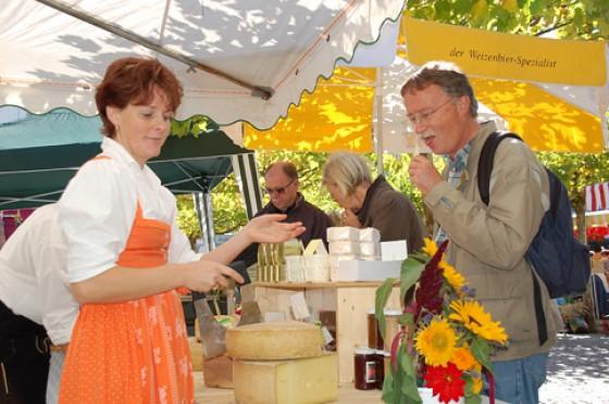 Bauern- und Käsemarkt Germering
