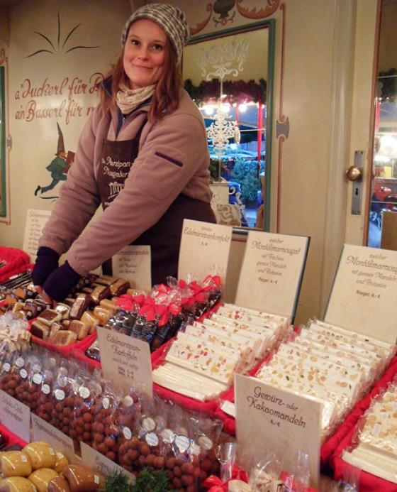 Weihnachtsmarkt Hamburg Rathaus Marzipan & Nougateria