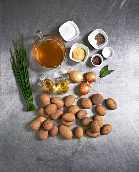 Grundzutaten für Kartoffelsalat