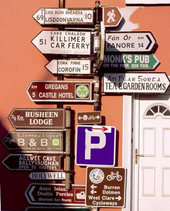 Irland Straßenschilder