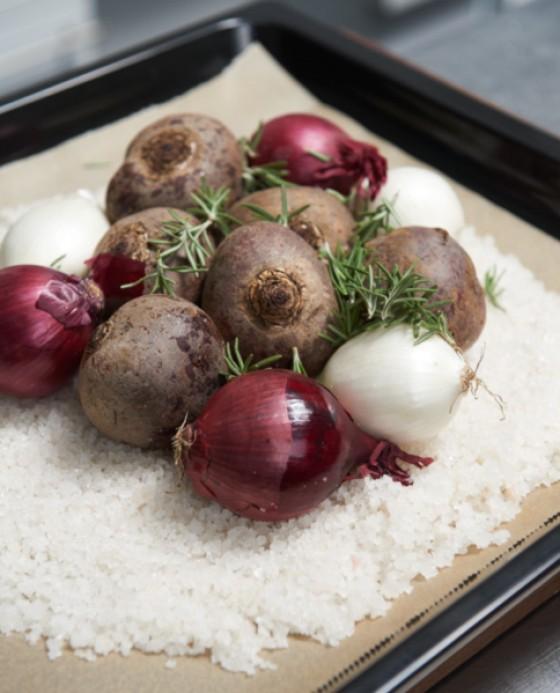 Die Grundzutaten für Gemüse im Salzteig